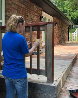 Staining spindles with the Contour applicator