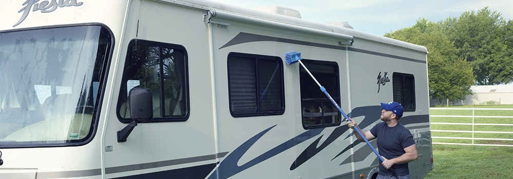 how to clean an rv